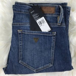 NWT Guess Bootcut Jeans Slim fit Mid Rise
